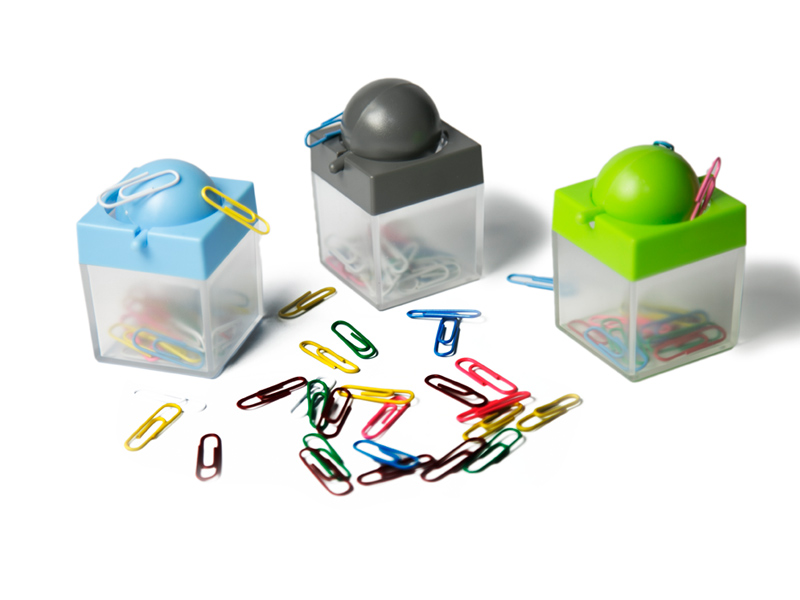 Plastični držač za spajalice sa magnetom (232998)